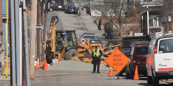 Gloucester: Road work continues on Elm Street in Gloucester. This is one of many street in the city that are blocked or partially blocked.Jim Vaiknoras photo<br /> , Gloucester: Road work continues on Elm Street in Gloucester. This is one of many street in the city that are blocked or partially blocked.Jim Vaiknoras photo