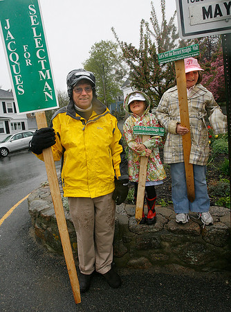 Rockport: Sandy Jacques and his grandchildren stand at five corners urging voters to select him for one of two seats on the Rockport Board of Selectmen. Photo by Kate Glass/Gloucester Daily Times Tuesday, May 5, 2009