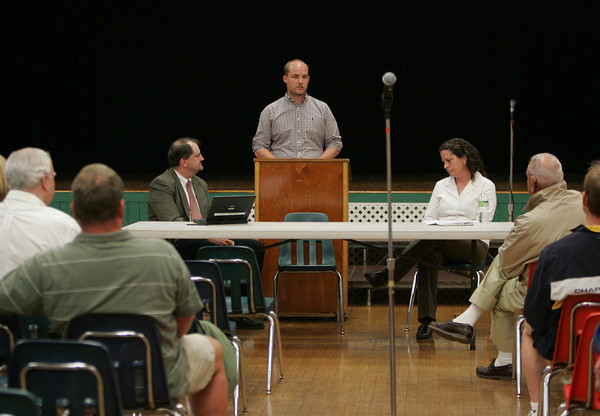 Essex: Selectman candidate Brad Atkinson speaks about the problems faceing Essex at a candidate debate with oponent Lisa O'Donnell at Essex Elementary School Wednesday night. Mary Muckenhoupt/Gloucester Daily Times
