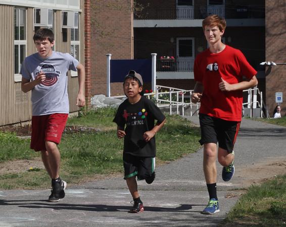 GHS Runners visit Veterans Memorial