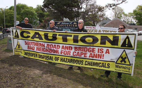 Protesting Southern Road & Bridge