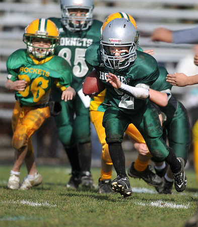 Gloucester: Ryan Garlitz of the Hornet's C-Team heads up feild against the Riverdale Rockets,Sunday afternoon at Newell Stadium. Desi Smith Photo/Gloucester Daily Times. November 1,2009.