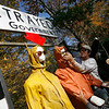 Gloucester: Jamie Mason and Damon Cummings help assemble a float that will be on display during today's fishermen's rally at the NOAA building. The float depicts Jane Lubchenco, Chief Administrator of NOAA, lynching two fishermen. Photo by Kate Glass/Gloucester Daily Times Thursday, October 29, 2009