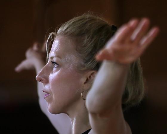 Paul Taylor Modern Dance Class