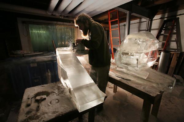 Sculpting in Ice