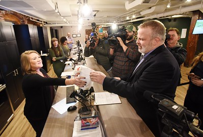 Alternative Therapies Group opens to recreation pot sales
