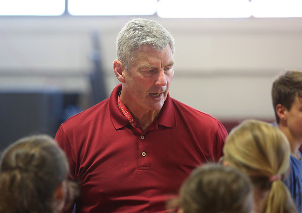 MIKE SPRINGER/Staff photo<br /> Steve Rowell gives instruction Tuesday at the Cape Ann Basketball Camp at Rockport High School.<br /> 7/17/2018