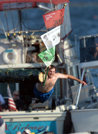 Kyle Barry wins the Sunday Greasy Pole in the first round.