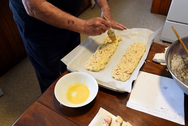 Making biscottis