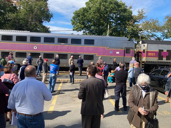 TAYLOR ANN BRADFORD/Staff photo/People gather at the West Gloucester rail station site visit with MBTA and Keolis representatives and Gloucester residents.