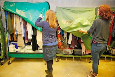 08 Wardrobe