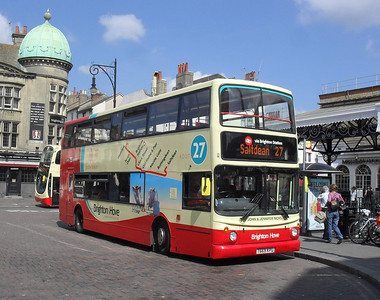 881 - T669KPU - Brighton (railway station) - 11.7.11