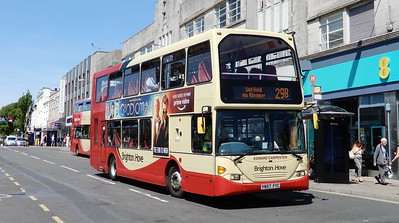 675 - YN57FYC - Brighton (Churchill Square)