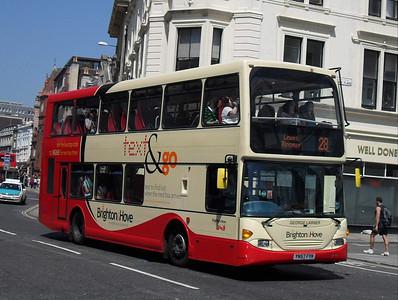 680 - YN57FYK - Brighton (North St) - 4.6.10