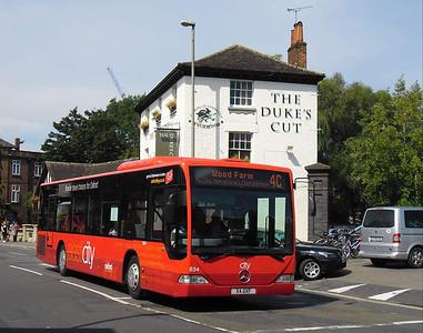 834 - X4OXF - Oxford (Park End St)