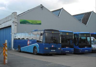 592 - G358GJT - Ryde (depot) - 21.1.12