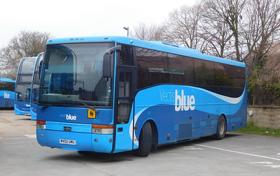 7042 - MV02UMU - Ryde (depot)