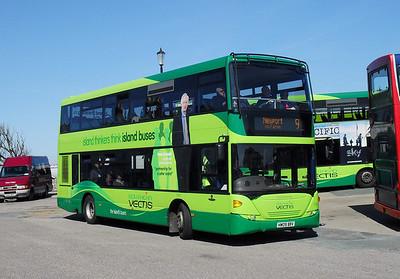 1143 - HW09BBV - Ryde (bus station) - 8.4.10