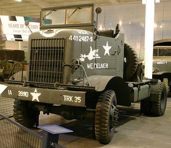 44 Autocar U-7144T COE Military Truck