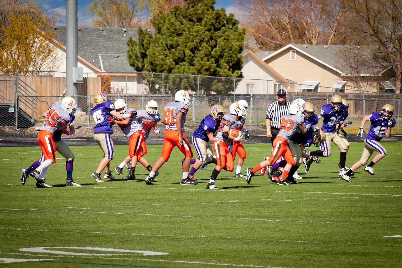 Cowboys V vs Huskies V   005