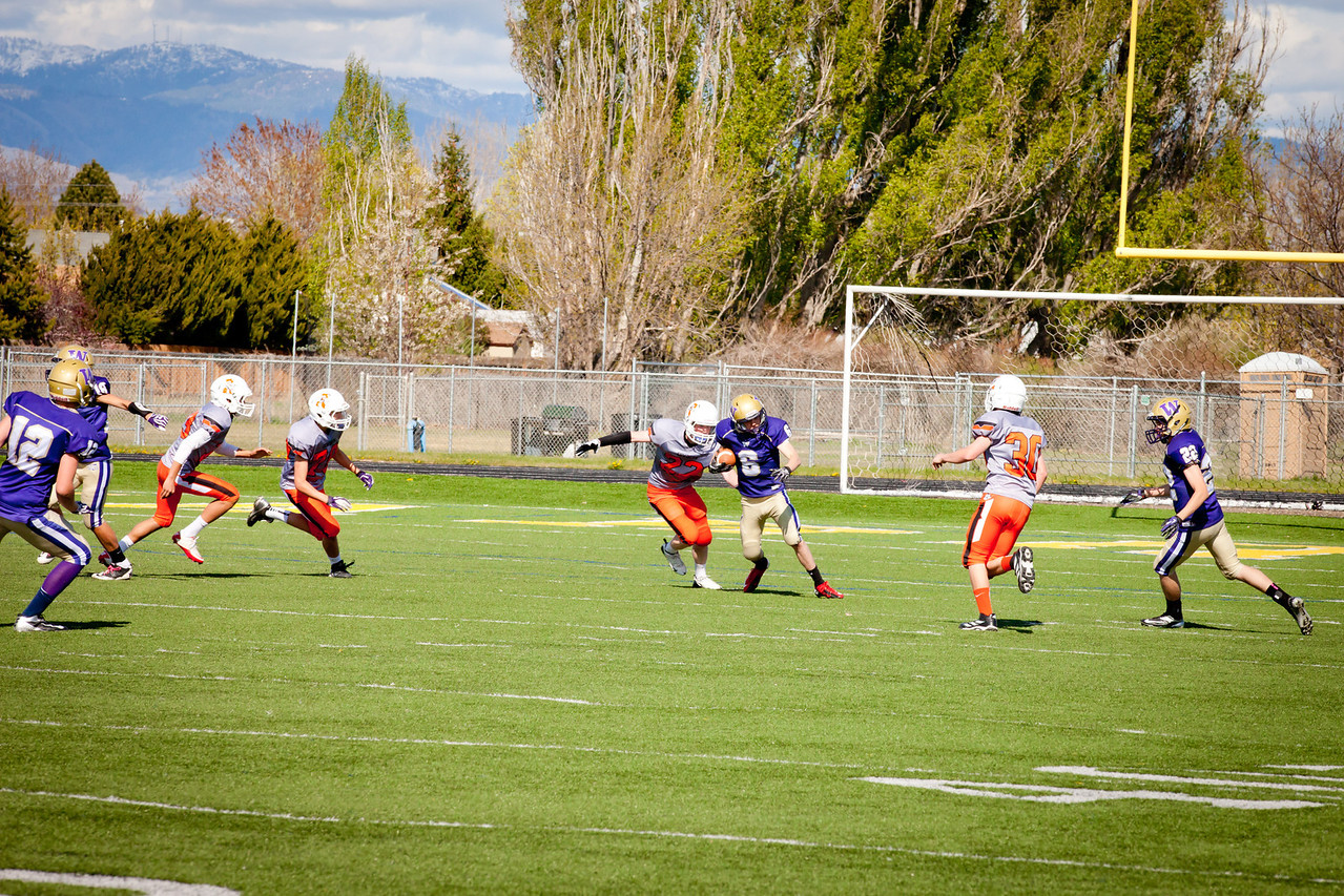 Cowboys V vs Huskies V   042