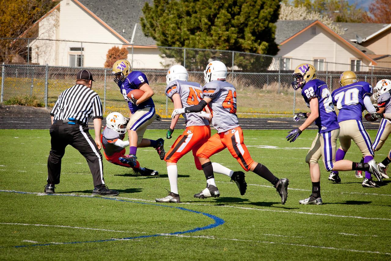Cowboys V vs Huskies V   021