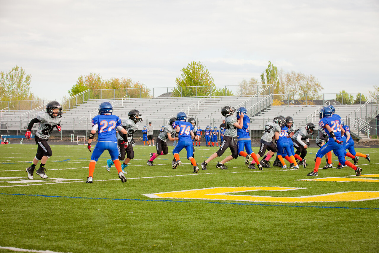 Broncos FR vs BK Fr   025