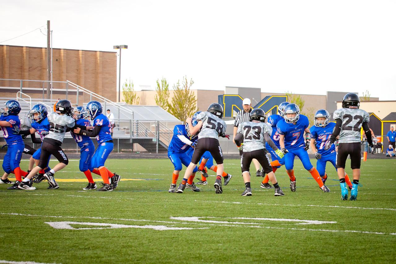Broncos FR vs BK Fr   070