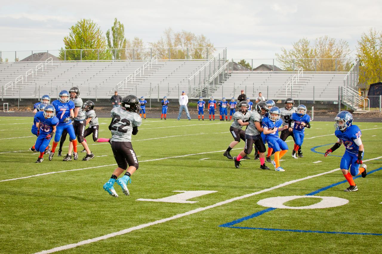 Broncos FR vs BK Fr   018