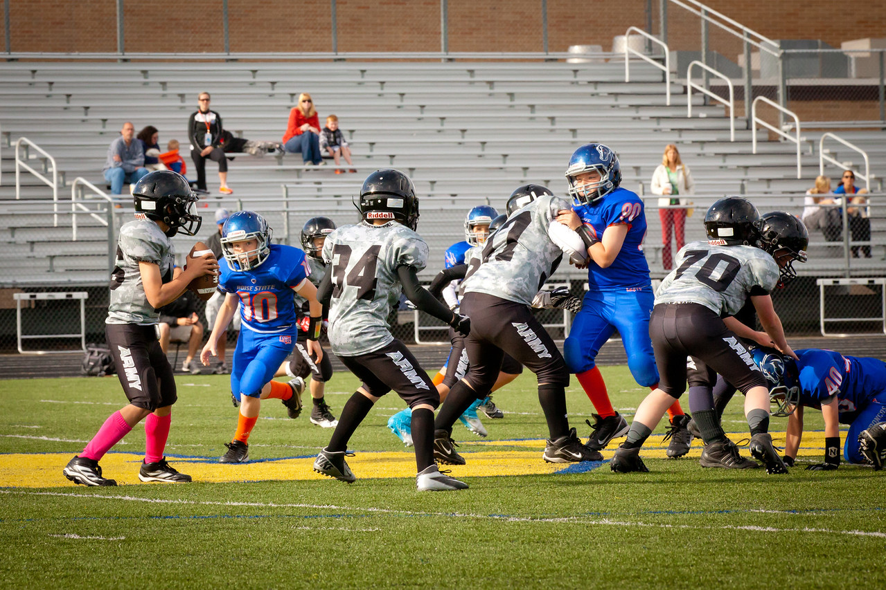 Broncos FR vs BK Fr   050