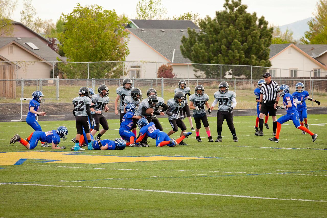 Broncos FR vs BK Fr   004
