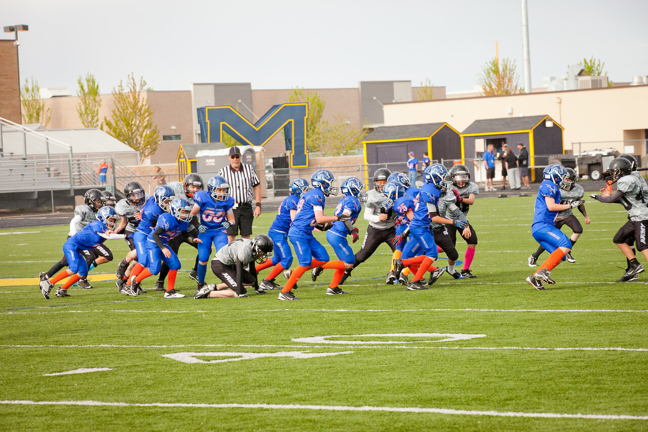 Broncos FR vs BK Fr   034