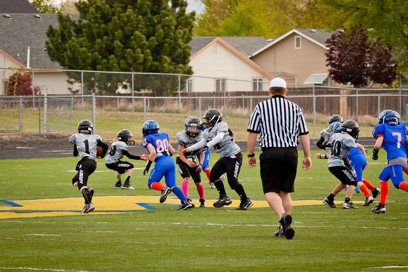 Broncos FR vs BK Fr   001