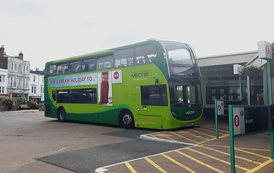 1613, HJ16HSC, Southern Vectis, Ryde Bus Station, Isle of Wight