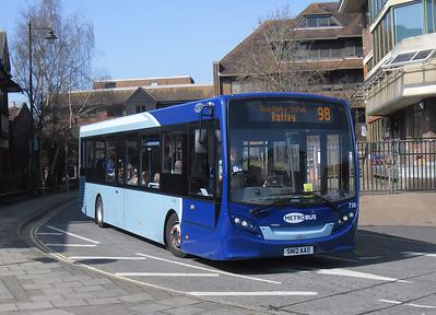 738 - SN12AAO - Horsham (town centre) - 25.3.12