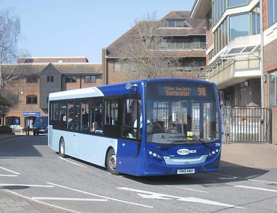 739 - SN12AAU - Horsham (town centre) - 25.3.12