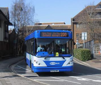 376 - Y376HMY - Horsham (town centre) - 25.3.12