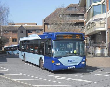 531 - YN03UWU - Horsham (town centre) - 25.3.12