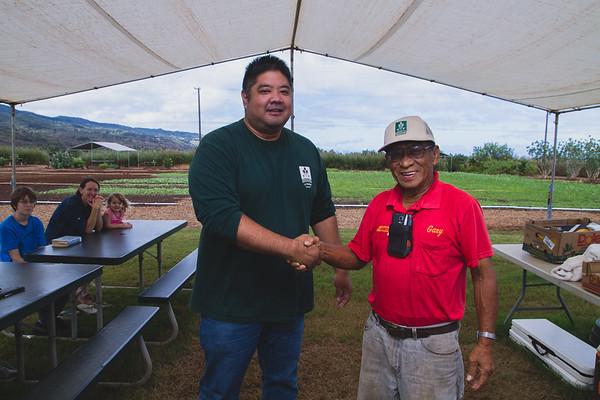 2016-11-05-GoFarm-AgPro-Graduation-Waialua-IMG_4631
