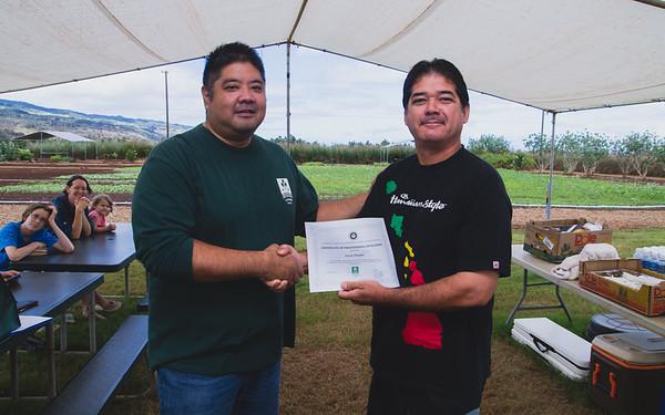 2016-11-05-GoFarm-AgPro-Graduation-Waialua-IMG_4624