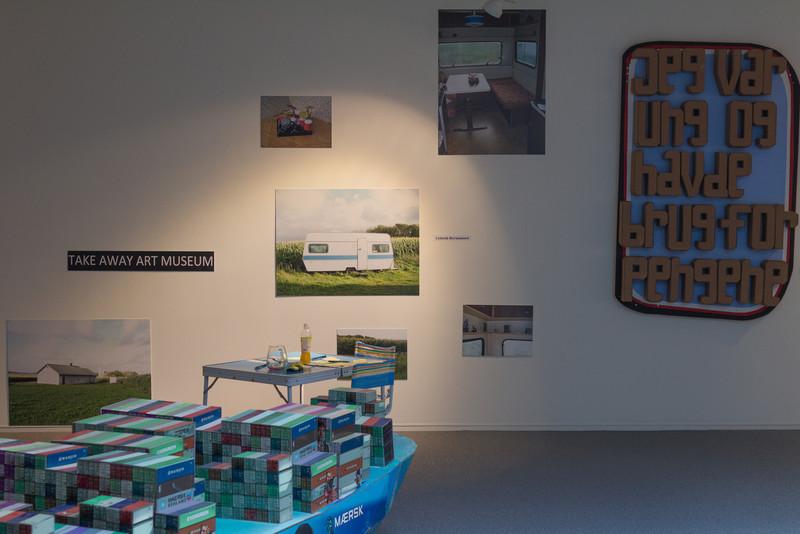 Vestjyllands Kunstpavillon - LOCAL HEROES 15-09 - 28.10.2012<br /> Artists: René Schmidt, Lisbeth Hermansen (Take Away Art Museum), Morten Alsinger<br /> <br /> Videbæk Sept 22 2012 @ 14:48