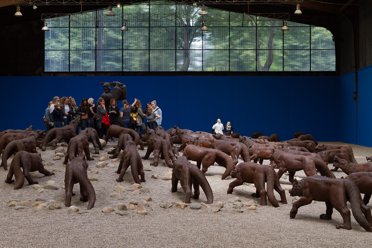 Liu Ruowang: Wolves Coming (China, 2008-2010, steel casting)