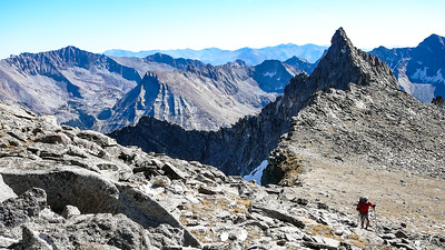 Various peaks in and around the Wildhorse Canyon come into view. Interesting four claws on Howard Peak, center. The Fin is on the left.