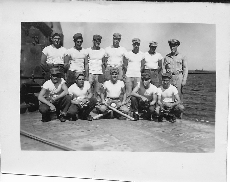P00134 Softball team with Officer on deck