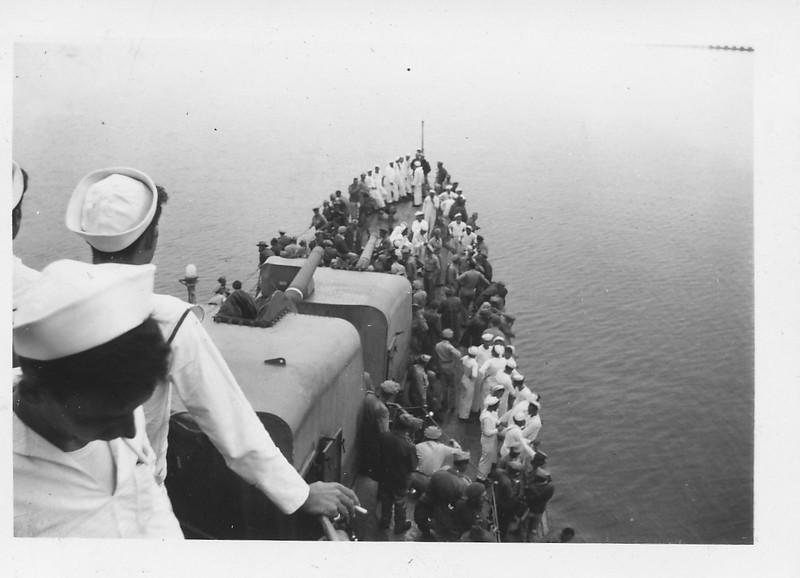 P00166 View from the bridge, USS Taylor, in Tokyo Bay 2 September, 1945