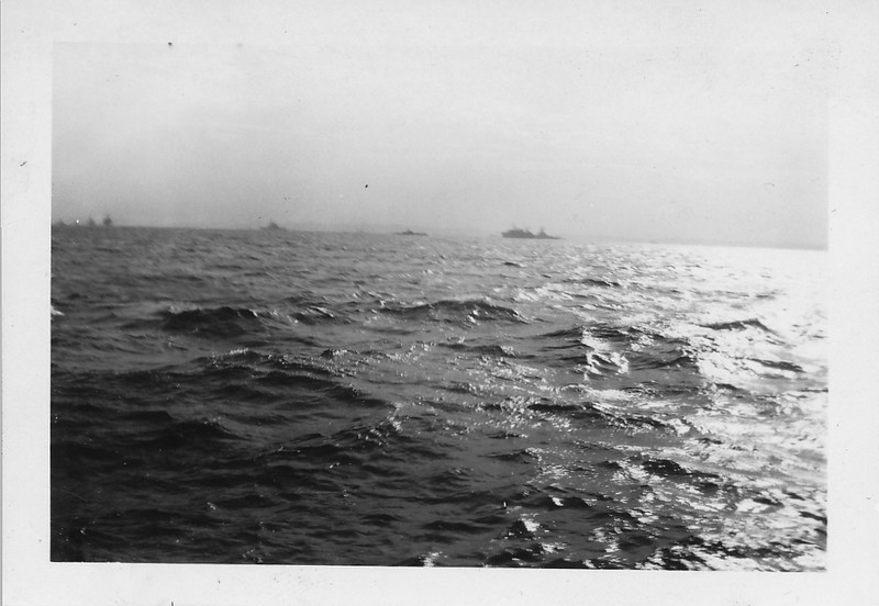 P00162 Task Force from main deck (probably TF 38, Missouri, September, 1945)