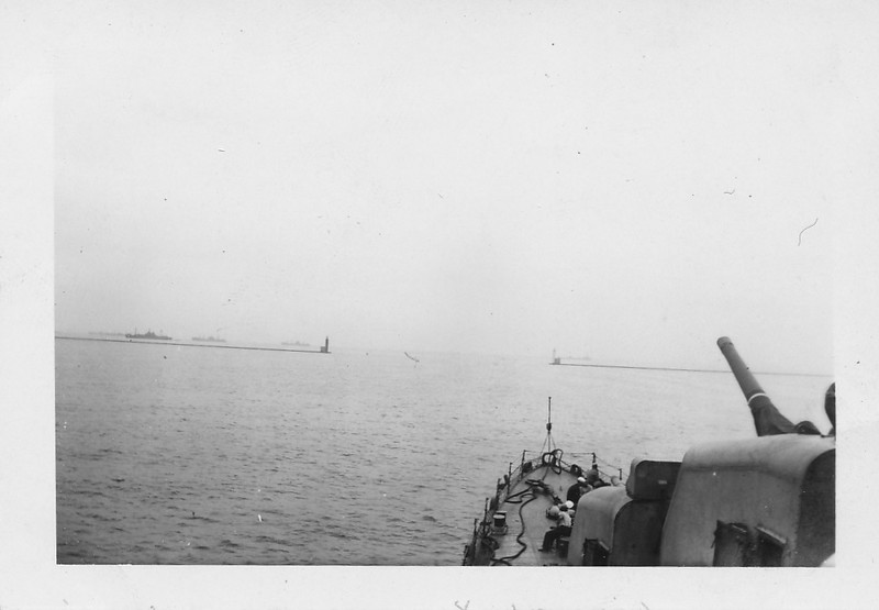 P00167 View from USS Taylor in Tokyo Bay 2 September, 1945