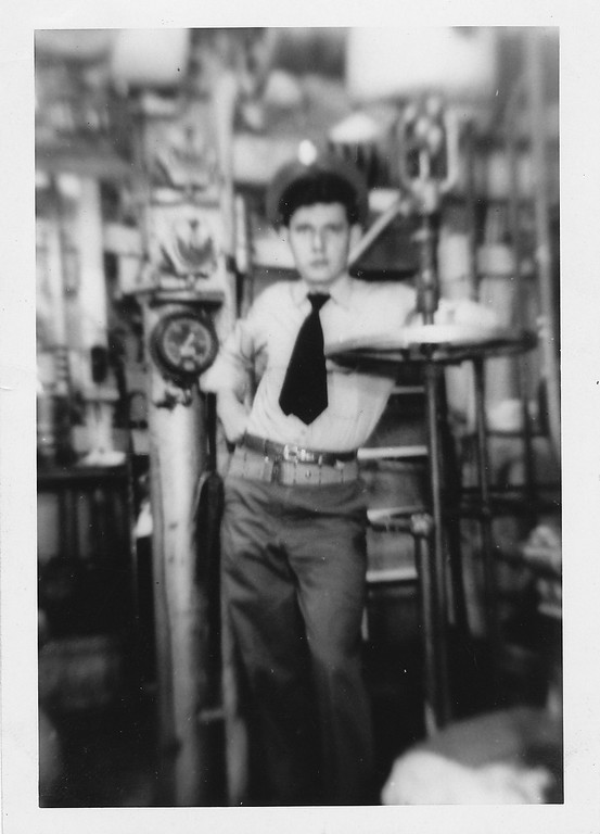 P00132 Sailor with sidearm in engineering spaces