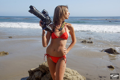 Bikini Swimsuit Model Shooting Stills & Video @ the Same Time with a Nikon D800 E & Camcorder