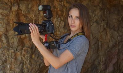 Goddess Shooting Stills & Video @ the Same Time with a Nikon D800 & Camcorder
